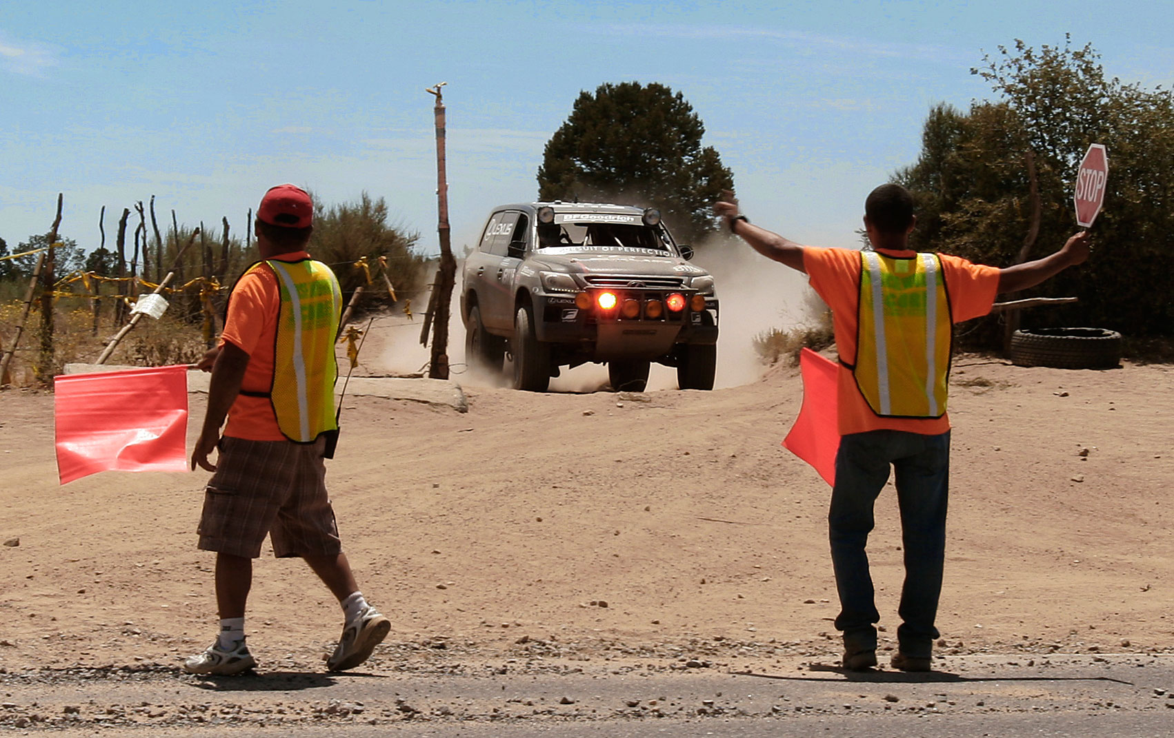 So who do you think was faster at the Baja 500? - lexus 2013 baja 500 2