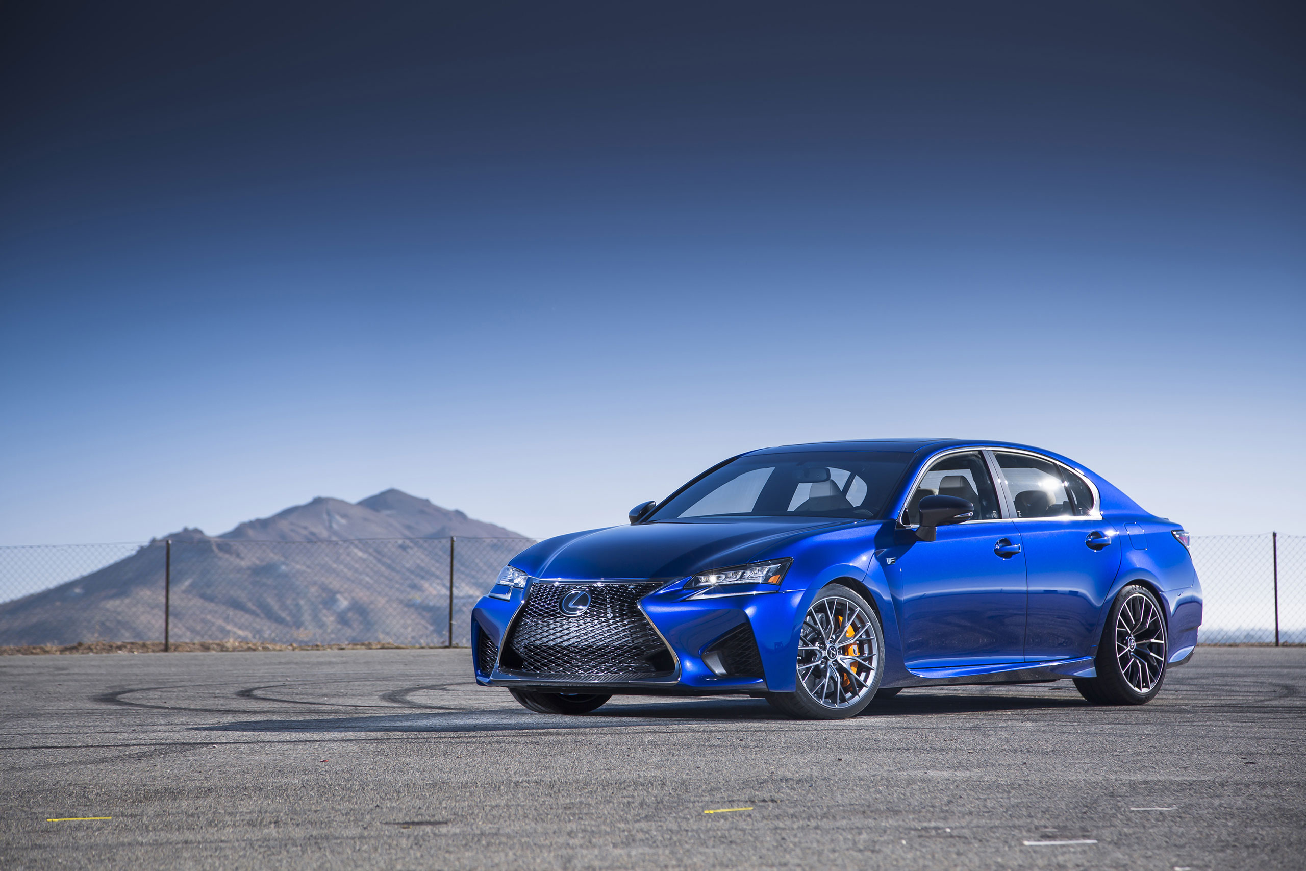 New Lexus Gs F Photo Image Gsf Picture Pictures to pin on Pinterest Lexus Enthusiast