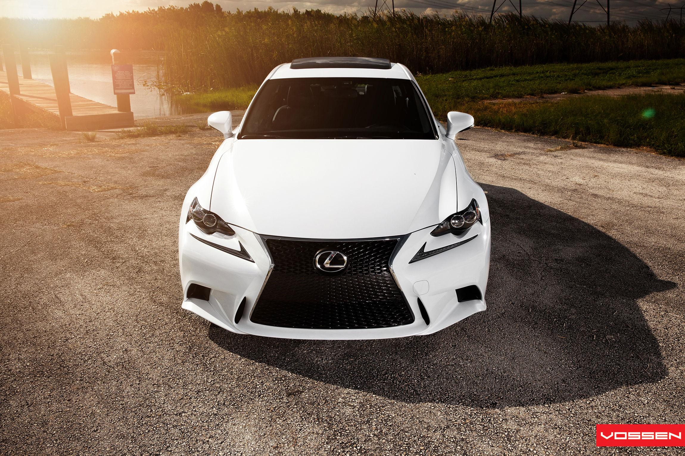 Photo Gallery Lexus IS F SPORT on New Vossen CVT Directional