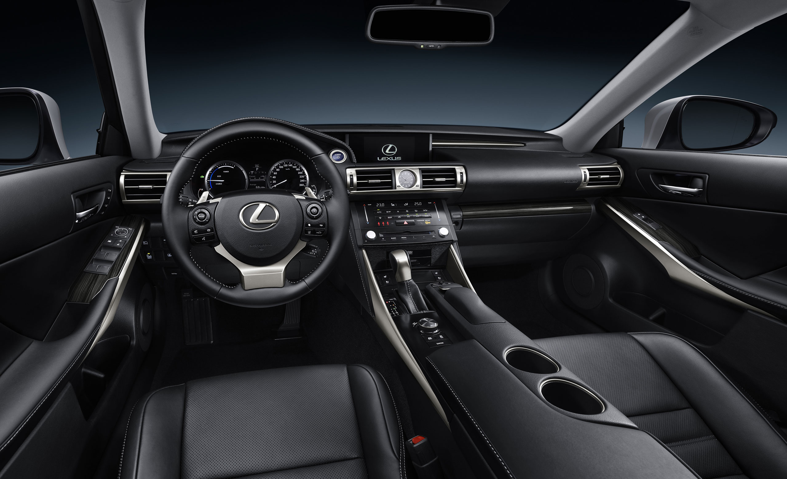 Lexus IS 300h & IS 300h F SPORT Photo Gallery | Lexus ...