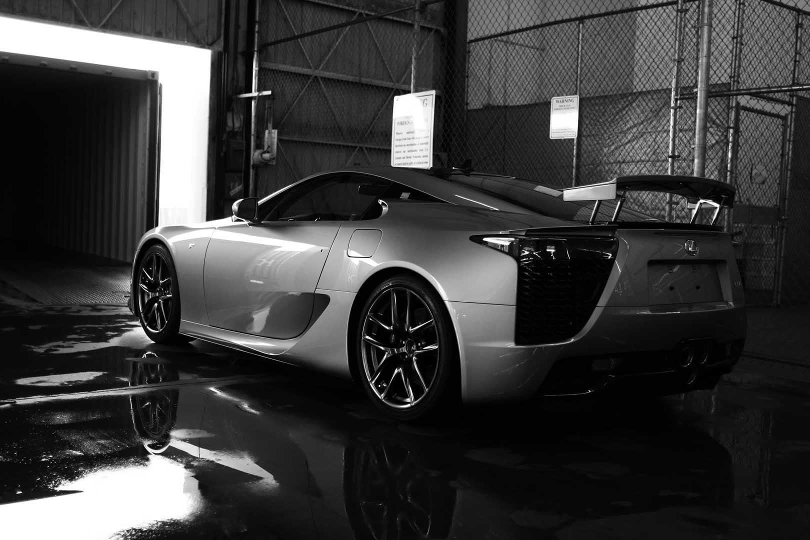 lexus lfa 499 arrives in the usa lexus enthusiast. Black Bedroom Furniture Sets. Home Design Ideas