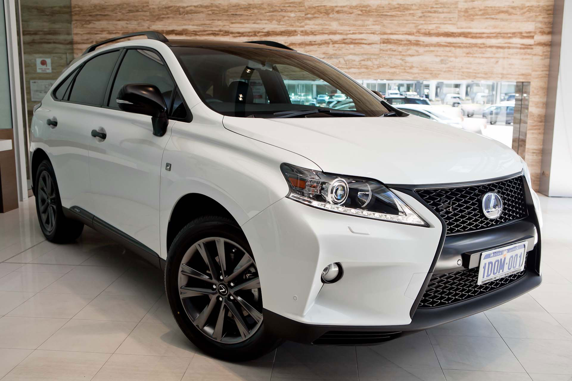 Photo Gallery: Blacked Out Lexus RX 450h F SPORT