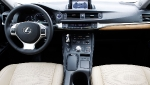 lexus-uk-ct-200h-photos-2