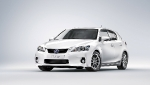official-lexus-ct-200h-1