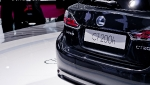 paris-smoky-granite-lexus-ct-200h-3