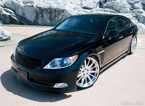 Wald USF40 Executive Line body kit for the LS 460
