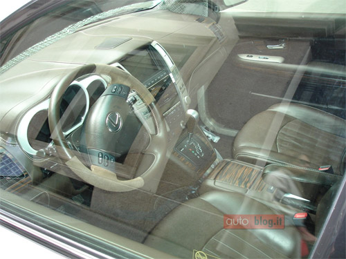 Wood Lexus RX 400h Interior