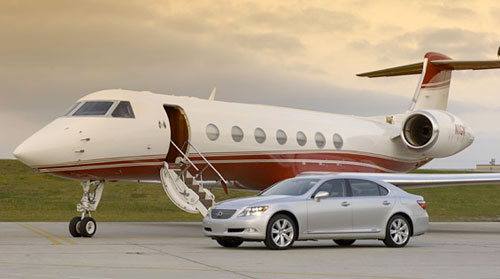 The Lexus LS 600hL & the Gulfstream G550