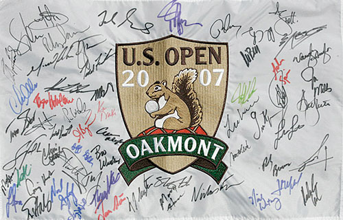 The Oakmont Logo Flag