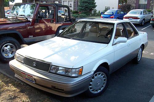Pristine Lexus ES 250