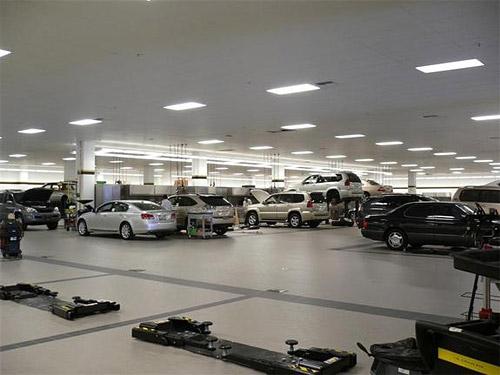 Lexus of Bellevue Service Center