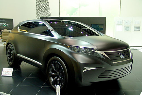Lexus LF-Xh in Matte Black