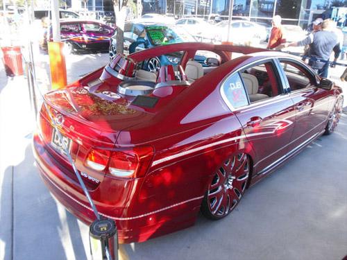 Lexus GS 350 Massive Subs