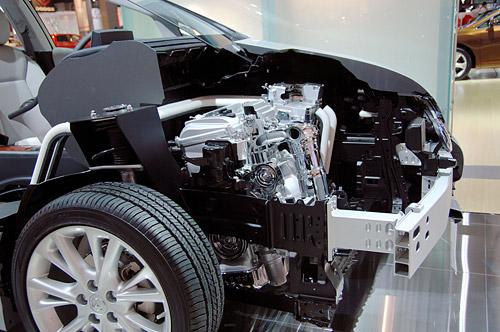 Lexus HS 250h Cutaway