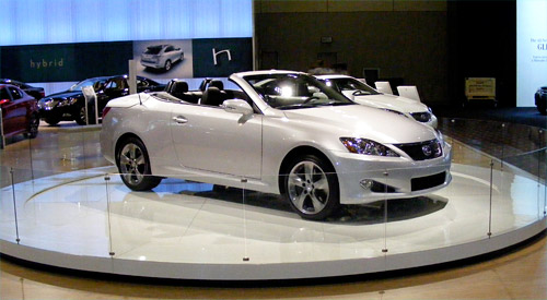 Lexus IS-C 350 in Silver
