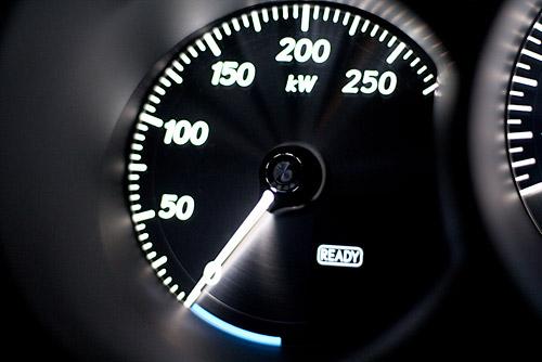2009 Lexus GS450h kW Meter