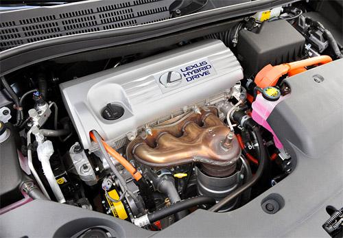 Lexus HS250h Engine