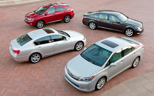 Lexus Hybrid Family Photo