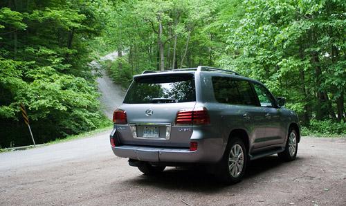 2009 Lexus LX570 Hills