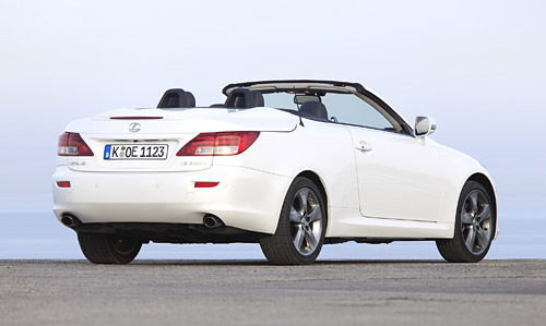 White Lexus IS250C