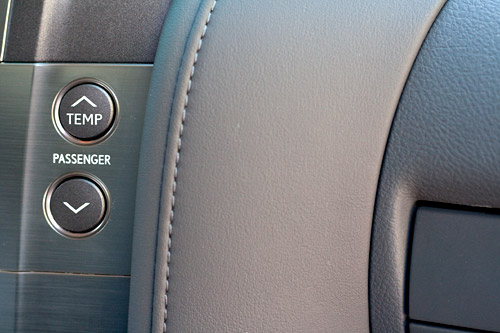 Lexus LX 570 Interior Leather