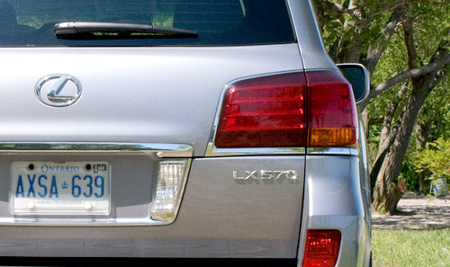 Lexus LX570 Rear Taillight Chrome