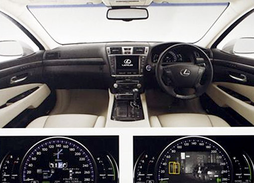 2010 Lexus LS 600hL Dash Display