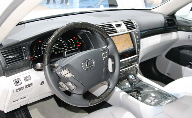 2010 Lexus LS 600hL Interior in Grey