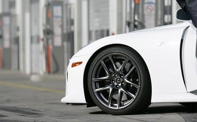 Lexus LFA Popular Mechanics