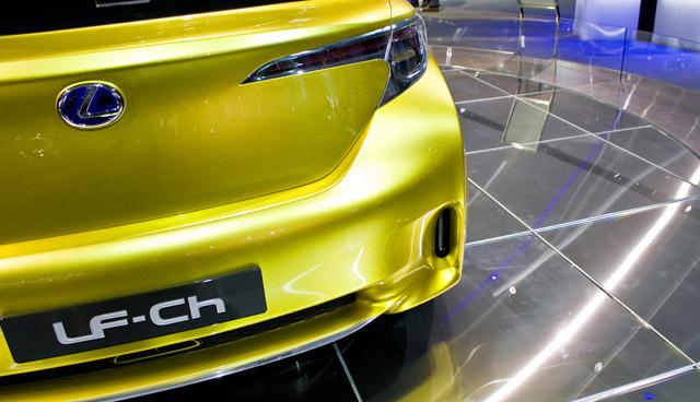 Lexus LF-Ch @ Detroit Auto Show