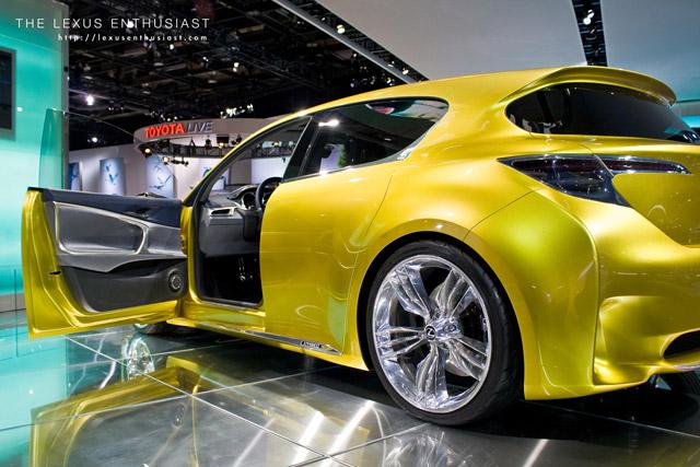 Lexus LF-Ch Side Profile