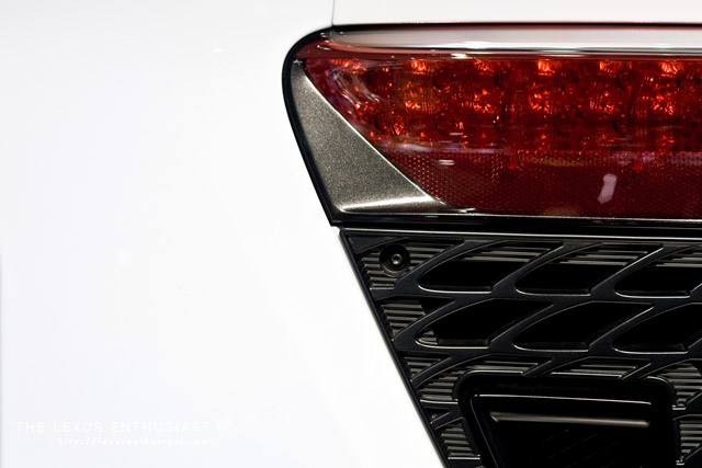 Lexus LFA light detail