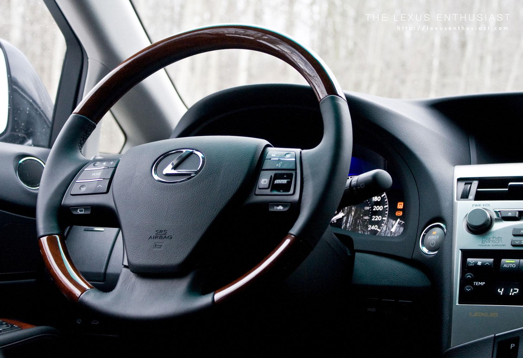 Lexus RX 450h Interior