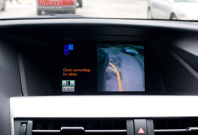 Lexus RX 450h Side Monitor 2