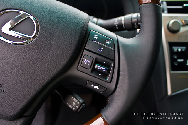 2010 Lexus RX 450h Steering Wheel Controls