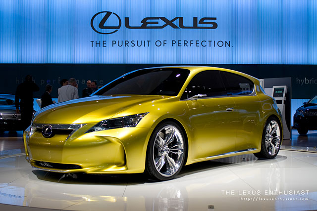 Lexus LF-Ch at the Toronto Auto Show
