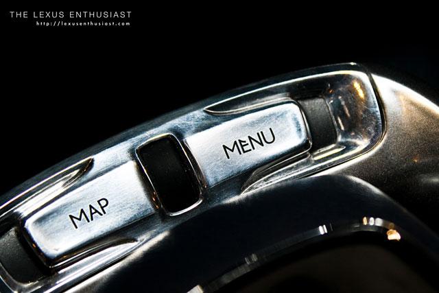 Lexus LF-Ch Interior Remote Touch