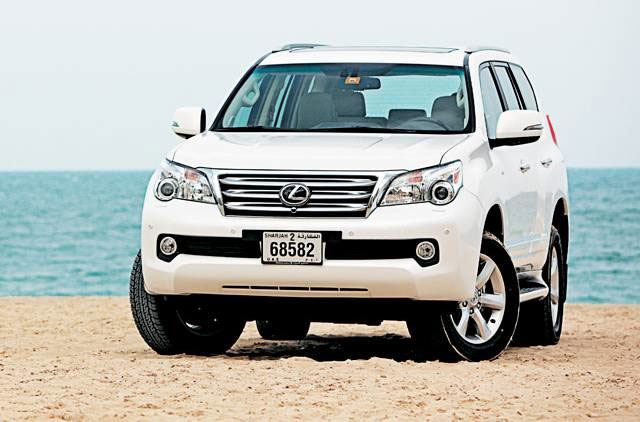 White 2010 Lexus GX 460 Front View