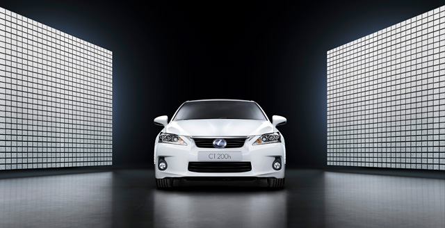Lexus CT 200h targets Audi A3 in Europe