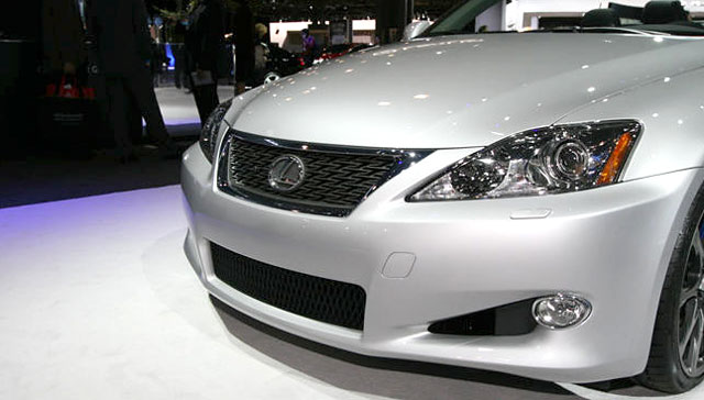 Lexus IS 350C F-Sport Special Edition Grille