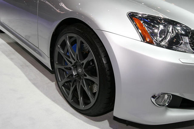 Lexus IS 350C F-Sport Special Edition Wheels