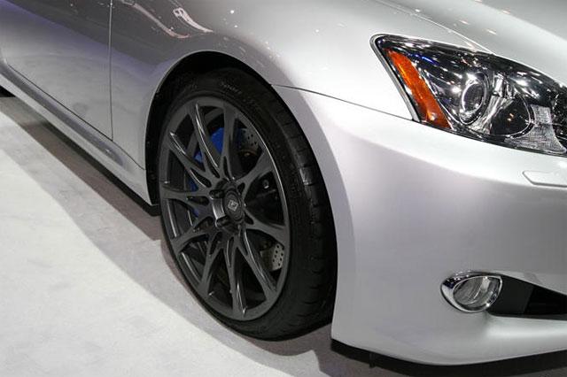 Lexus IS 350C F-Sport Special Edition Wheels