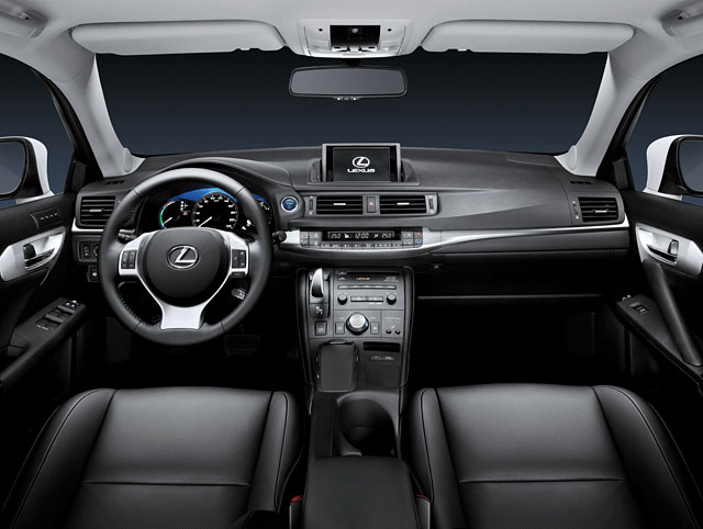 Lexus CT 200h Interior