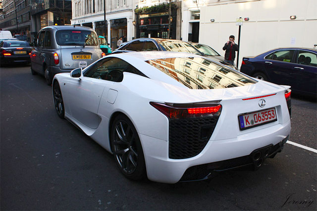 James Martin Driving Lexus LFA in London