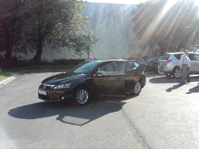 Lexus CT 200h Brown Spice Mica Front