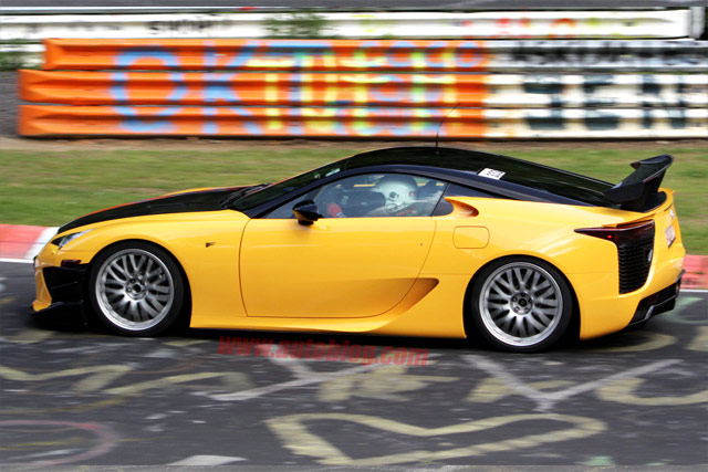Yellow Lexus LFA Nürburgring Version Side