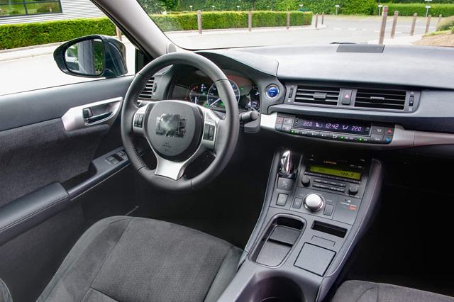 Lexus CT 200h Nuluxe Black Interior
