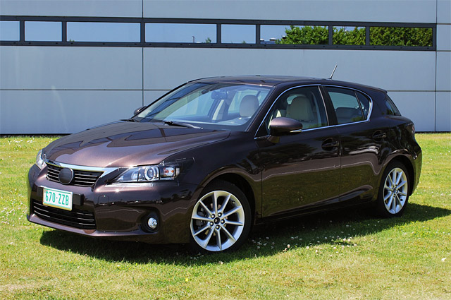 Lexus CT 200h Photo by Autoblog