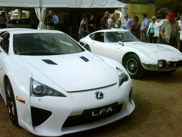 lexus lfa with toyota 2000gt. Black Bedroom Furniture Sets. Home Design Ideas
