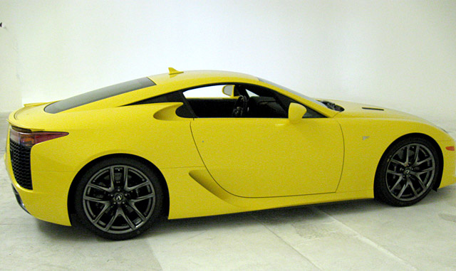 Yellow Lexus LFA Side Right